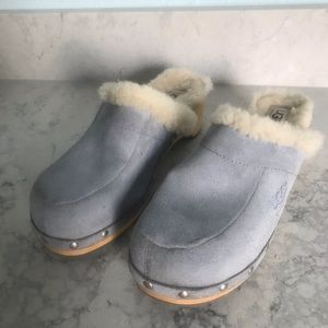 Ugg Baby Blue Suede Fur Lined Clogs Nail Trim 7